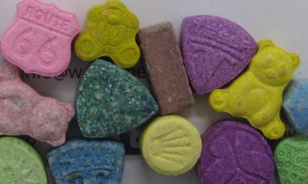 Хапчетата екстази все по-често се правят с привлекателни за децата лога