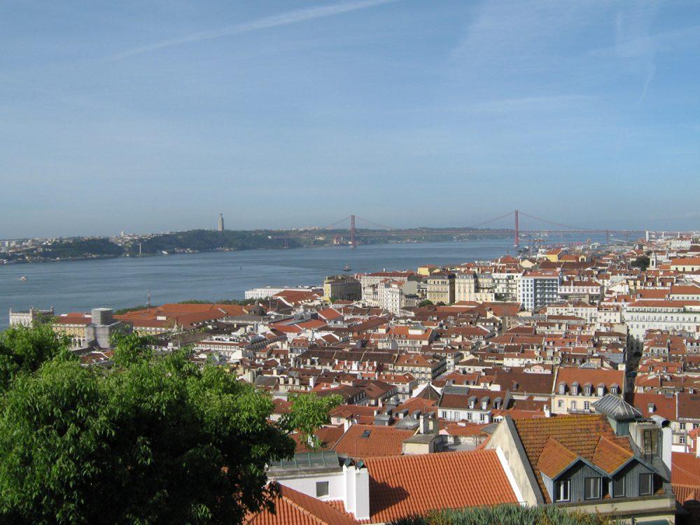 Португалия декриминализира наркотиците преди 14 г.: сега почти никой не умира от свръхдоза там