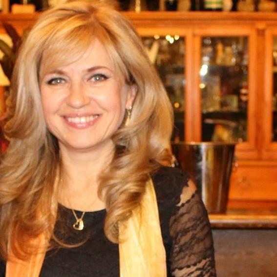 Интервю на Информационната линия с Мадлен Алгафари