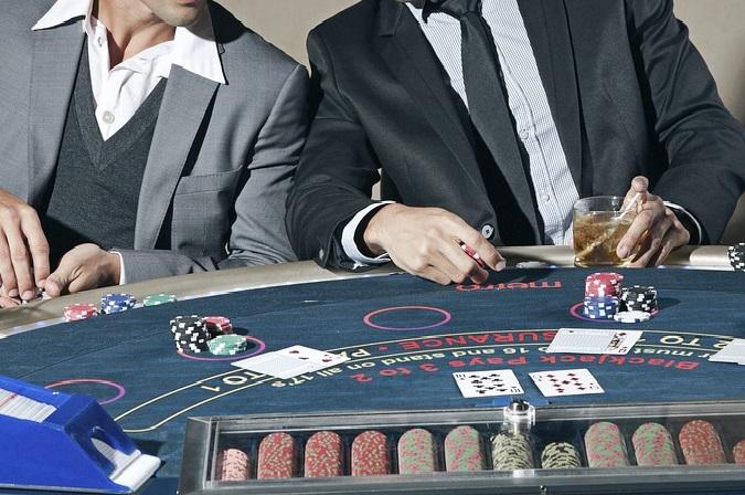 Защо повечето проблемно играещи хазарт са мъже?