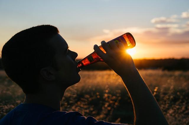 Идентифицирана е връзка между тревожността и вредната употреба на алкохол