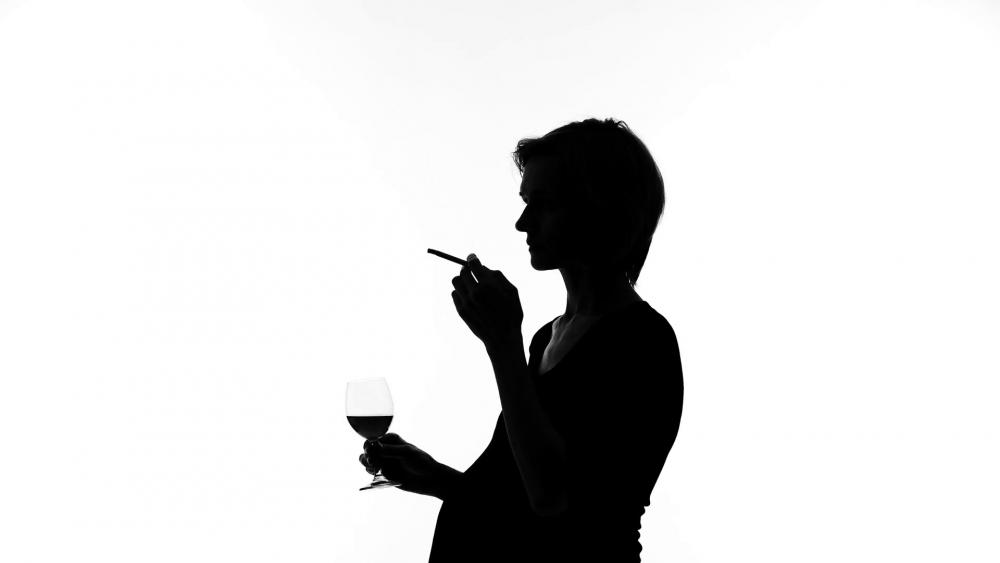 Употребата на алкохол от бременни жени може да доведе до негативни междупоколенчески ефекти