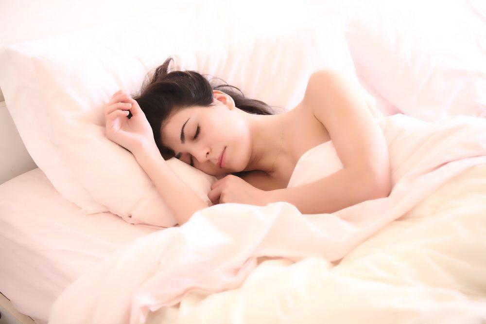 Как алкохолът влияе на качеството на съня